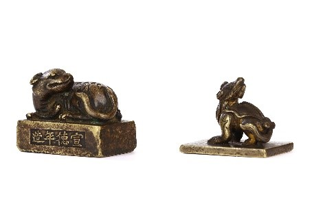 Chinese bronzes paper weights