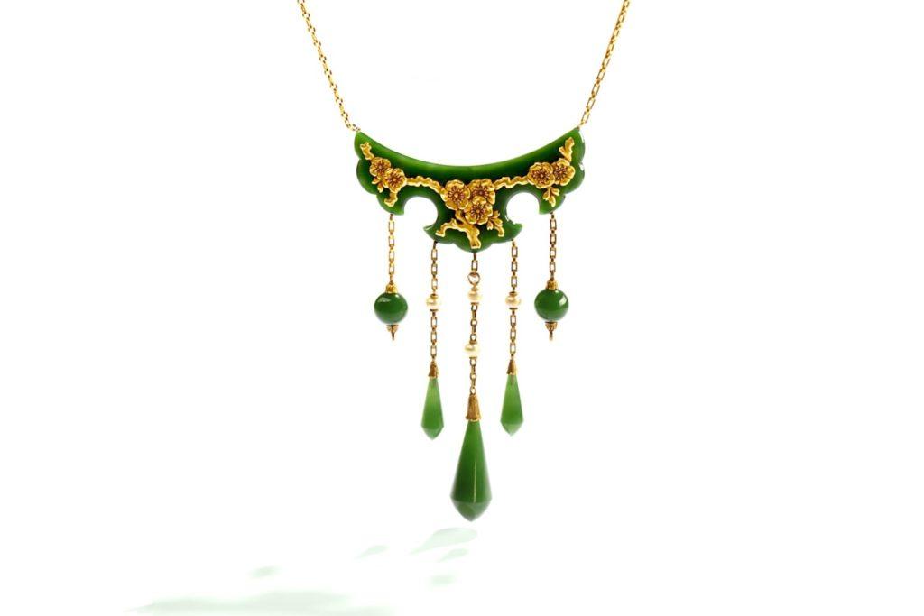 nephrite pearl necklace René Boivin