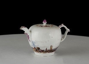 meissen-teapot-and-cover