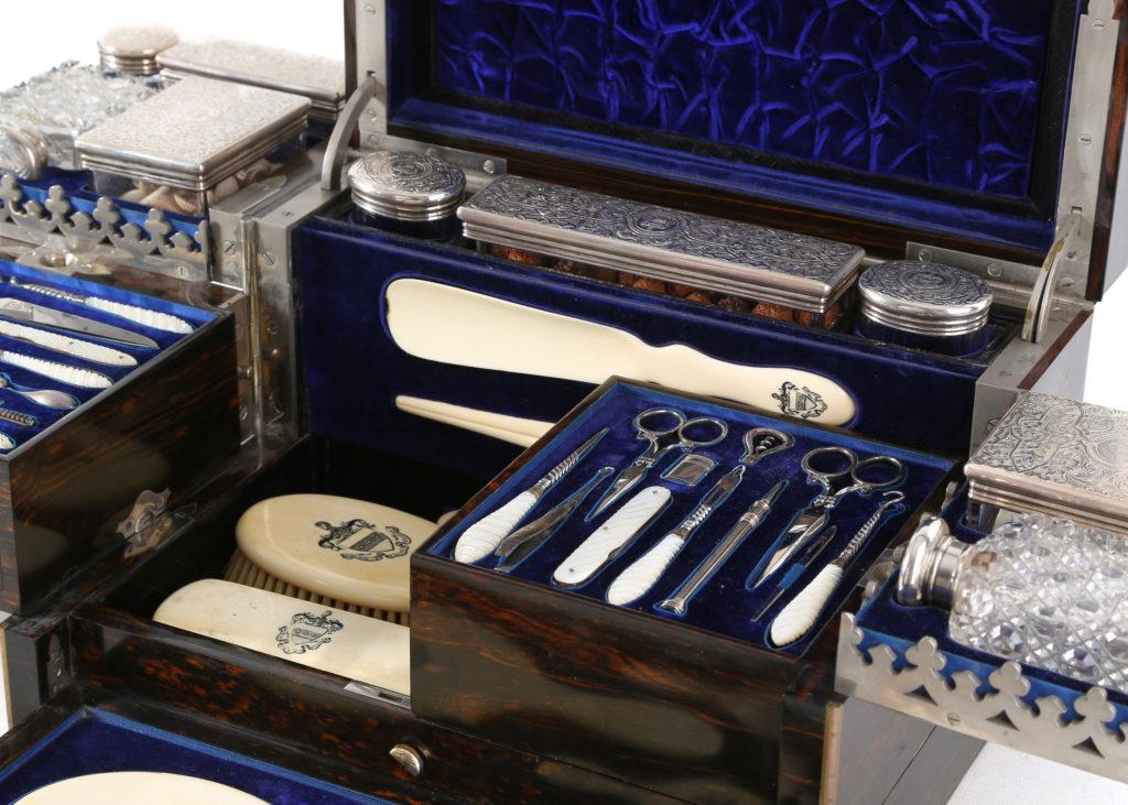 silver victorian vanity case