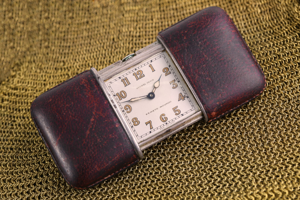 A circa 1930s Hermes Paris retailed Vintage Ermeto-Movado purse watch Chiswick Auctions