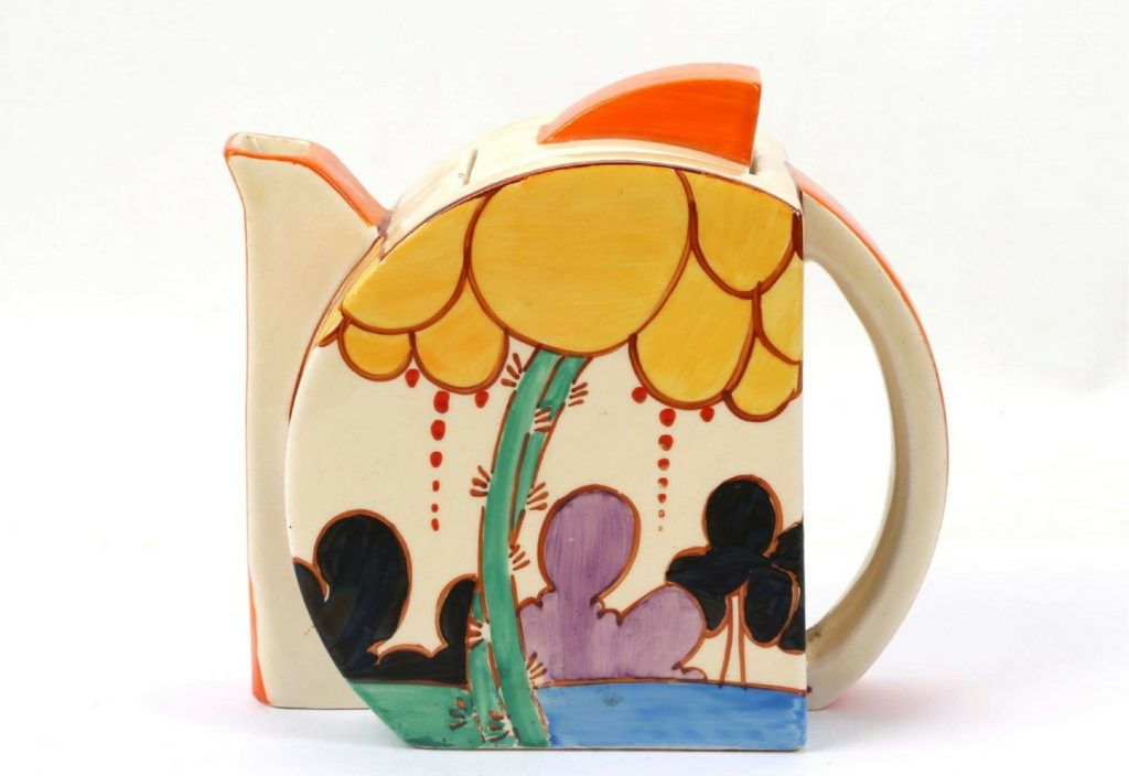 CLARICE CLIFF FANTASQUE BIZARRE, SUMMERHOUSE STAMFORD SHAPE TEAPOT