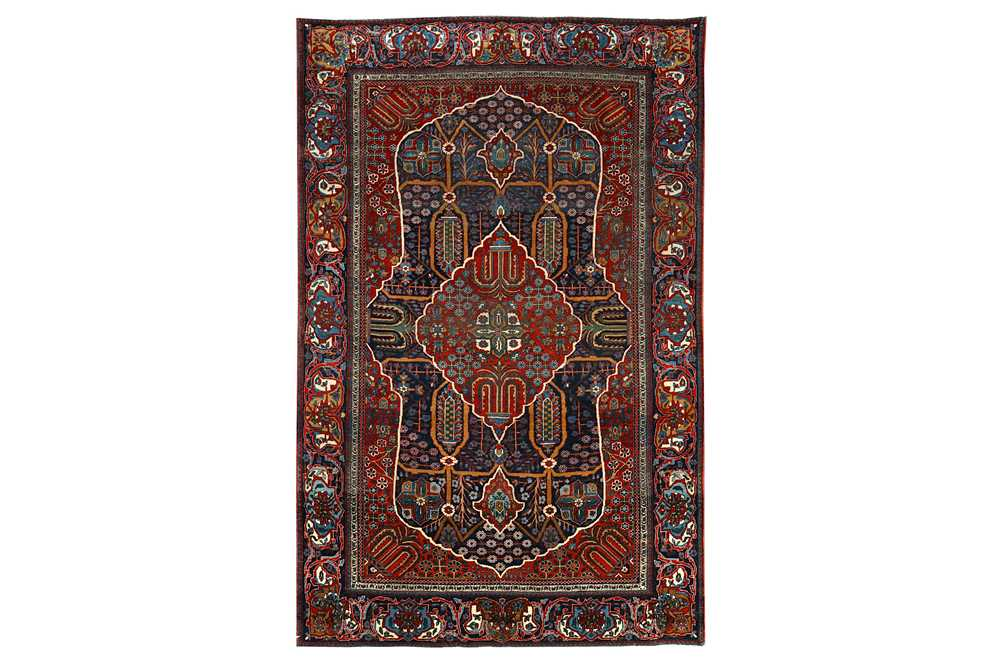 A very fine kashan mochtashem rug, Central Persia