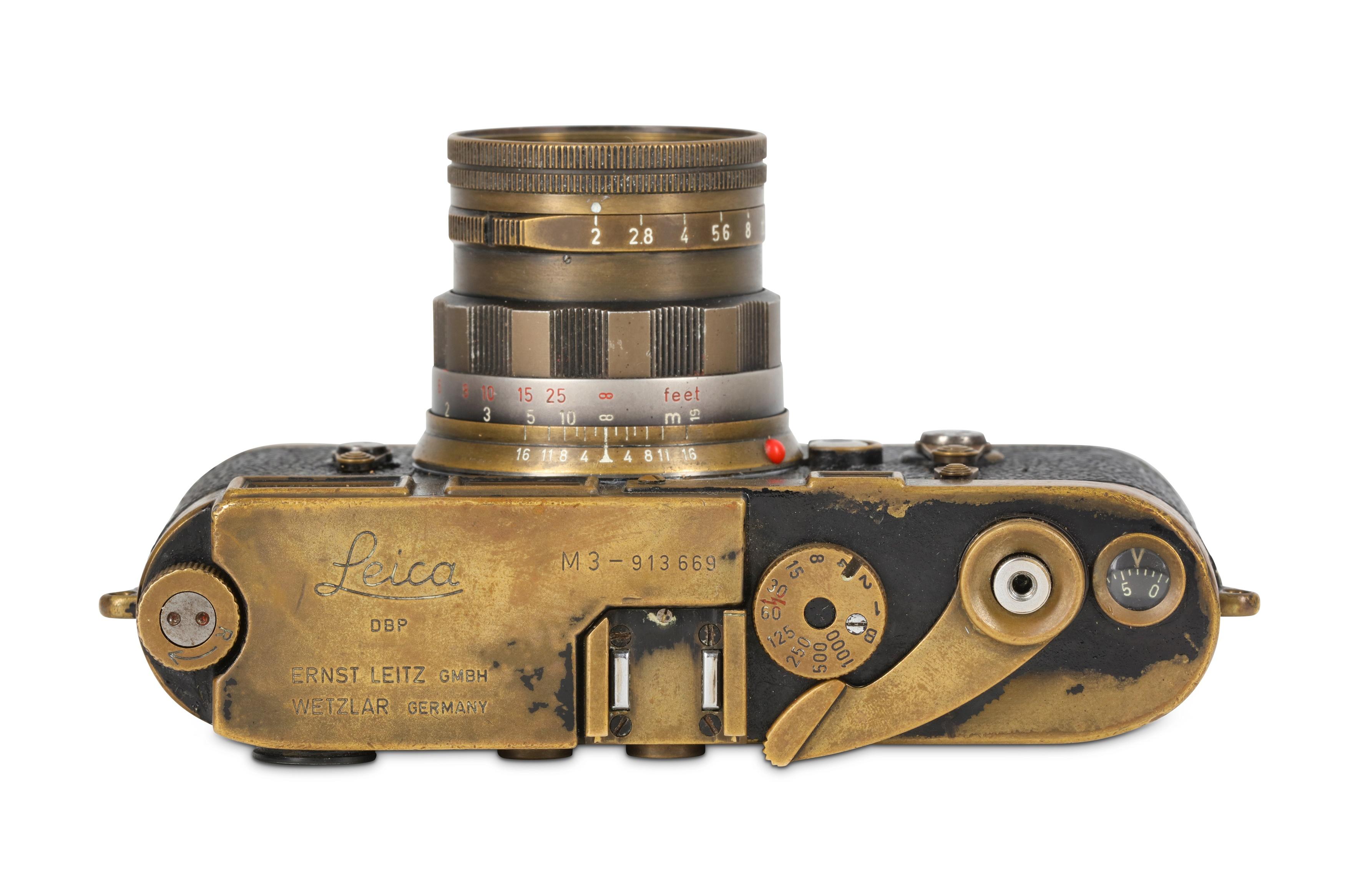 Leica Black