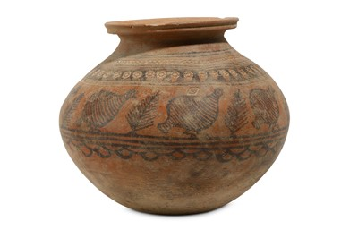 Lot 38 - A LARGE INDUS VALLEY JAR Circa late 3rd -...