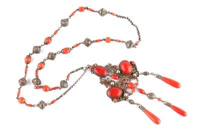 Lot 113-A coral pendant necklace