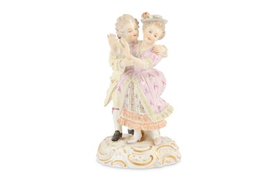 Lot 81-A Meissen figural group of two lovers, late 19th...