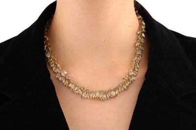 Lot 29-A moonstone fringe necklace