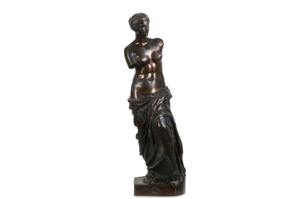 Lot 59 - AFTER THE ANTIQUE: A LARGE FIRST HALF 20TH...