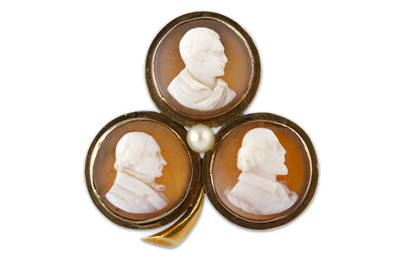 Lot 38-A COMMEMORATIVE CARVED SHELL CAMEO BROOCH OF...