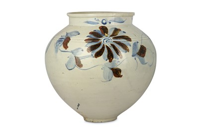 Lot 34-A LARGE KOREAN BLUE AND WHITE 'FLOWER' JAR....