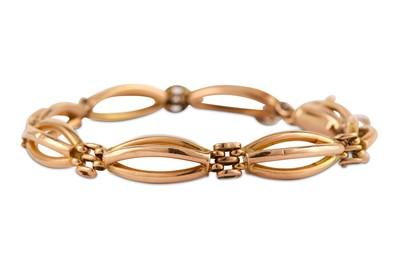 Lot 18-A fancy-link bracelet
