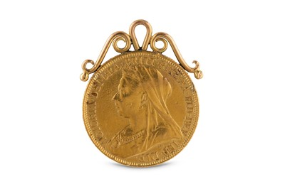 Lot 26-A Queen Victoria full sovereign pendant