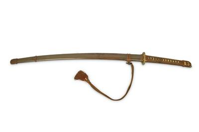 Lot 7-A GUNTO (MILITARY SWORD). Possibly Showa period....