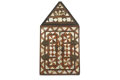 Lot 95 - λ A BONE, MOTHER-OF-PEARL AND TORTOISE SHELL-INLAID NICHE MIRROR