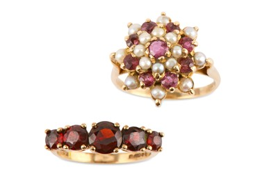 Lot 34-A gold garnet and seed pearl cluster ring