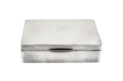 Lot 367 - A George V sterling silver cigarette box, Birmingham 1914 by William Neale & Son