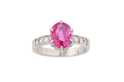 Lot 15 - A pink sapphire and diamond ring