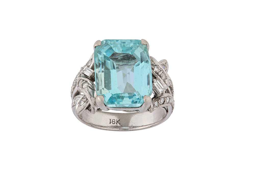 Lot 17-An aquamarine and diamond dress ring