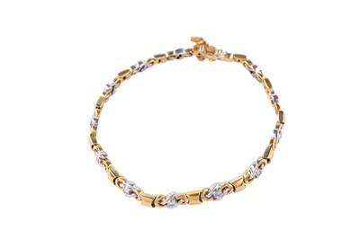 Lot 31 - A diamond-set bracelet