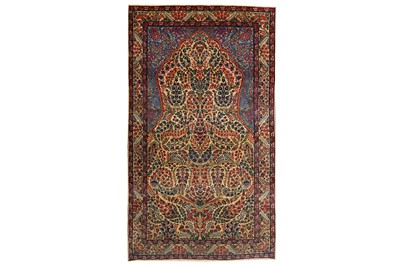 Lot 46-A FINE ANTIQUE KIRMAN PRAYER RUG, SOUTH PERSIA