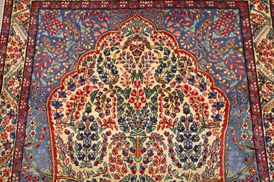 Lot 46-A FINE ANTIQUE KIRMAN PRAYER RUG, SOUTH PERSIA
