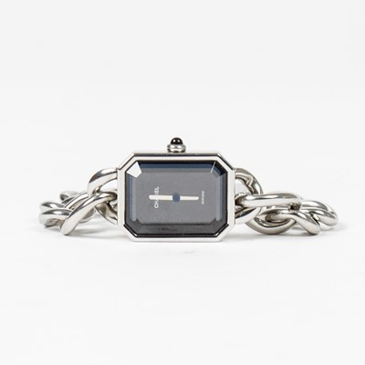 Lot 38-Chanel Premiere Chain Watch - Size M