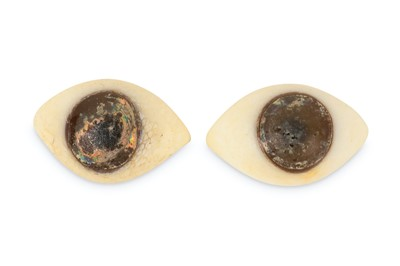 Lot 28-A PAIR OF GLASS EYES,  POSSIBLY ANCIENT