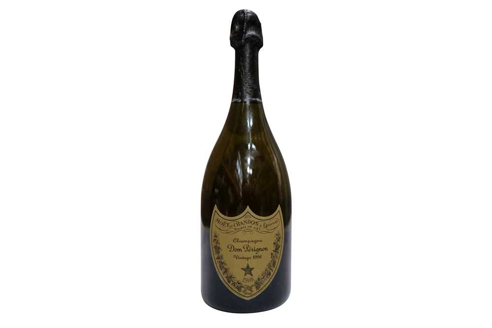 Lot 25-Moet et Chandon Dom Perignon Brut 1996