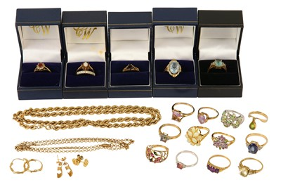 Lot 118-A collection of jewellery