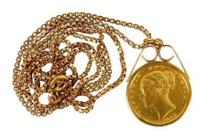 Lot 123-A Victorian full sovereign pendant necklace
