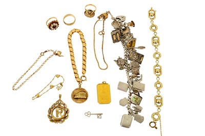 Lot 117-A collection of jewellery
