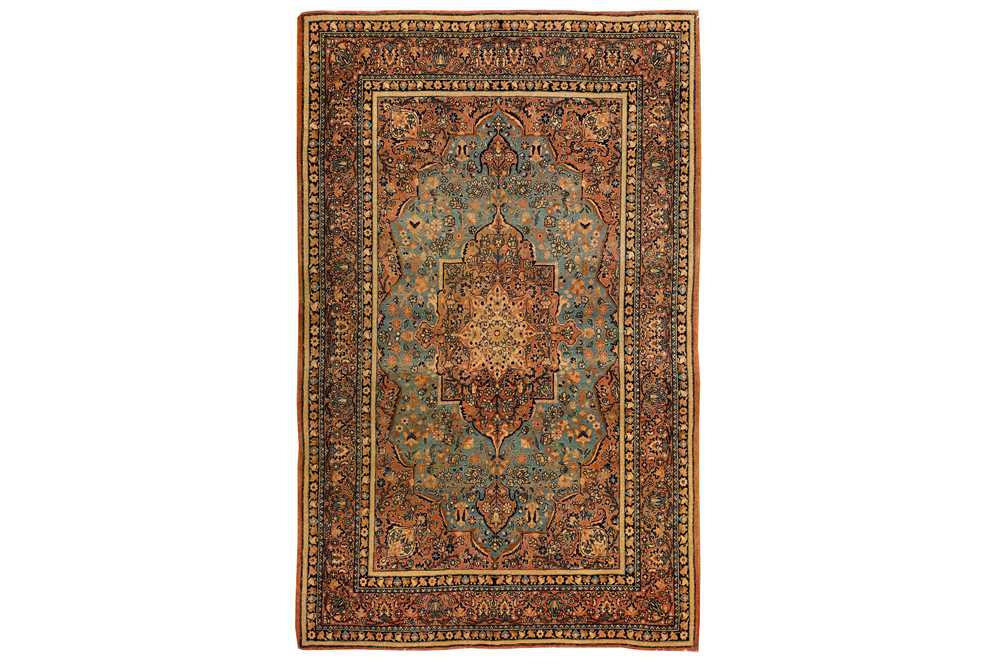Lot 15-A VERY FINE ISFAHAN RUG, CENTRAL PERSIA