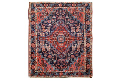Lot 43 - AN ANTIQUE FERAGHAN RUG, WEST PERSIA