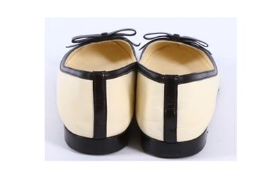 Lot 36-Chanel Bicolour Ballerina Flats - Size 39