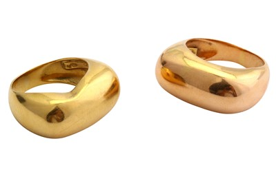 Lot 7-A pair of rings