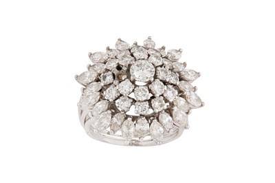 Lot 26-A diamond bombé ring