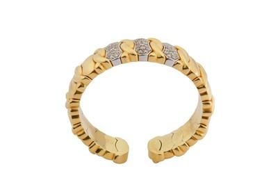 Lot 17-A diamond-set bangle