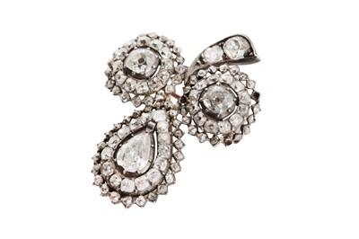 Lot 46-A diamond clover brooch