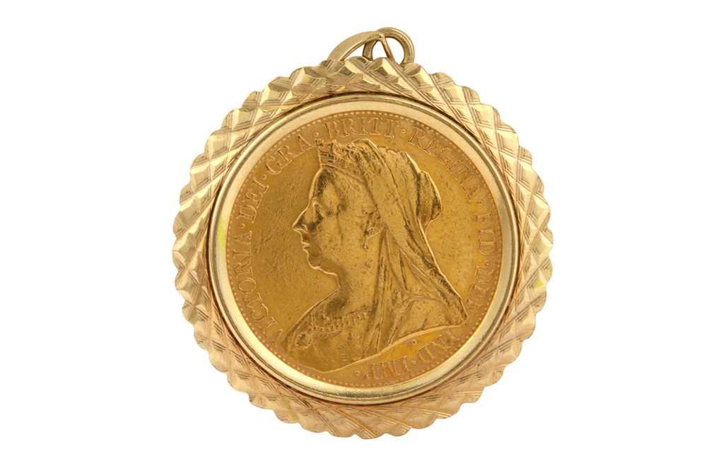 Lot 18-A Queen Victoria full sovereign pendant