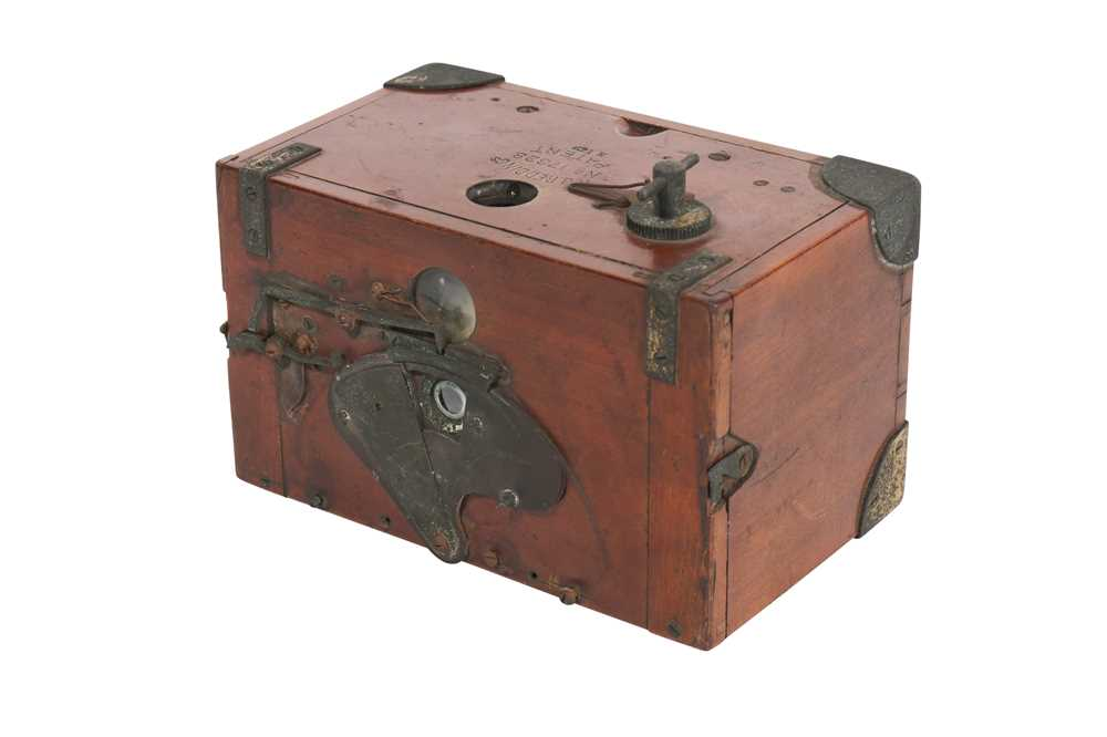 Lot 38-A H.J Redding 'Luzo' Hand Camera