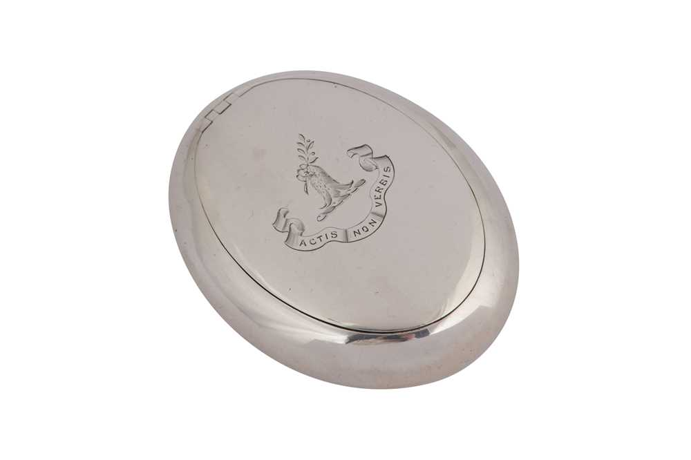 Lot 13-A Victorian sterling silver squeeze-action snuff box, Birmingham 1888 by Howard James