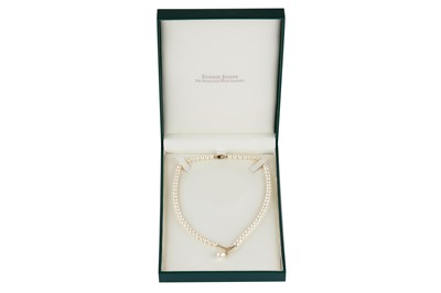 Lot 137-A cultured pearl necklace