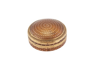 Lot 90-A late 18th century French unmarked gold mounted pique work blonde tortoiseshell snuff box, probably Paris circa 1780