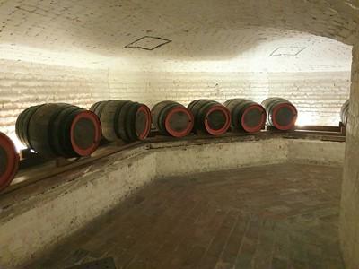 Lot 15 - Wine tasting in Chiswick House cellars