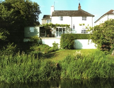 Lot 32 - A week in Wiltshire for five