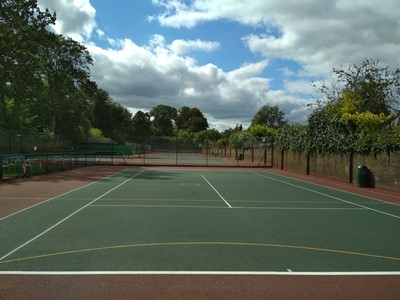 Lot 29 - Tennis lessons plus court usage at Will to Win, Chiswick House Grounds