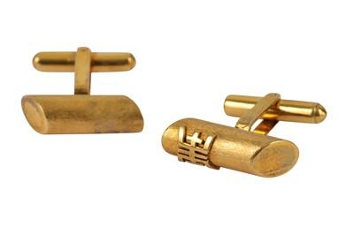 Lot 130-A pair of cufflinks