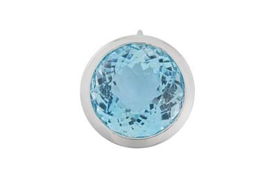 Lot 33 - An aquamarine pendant