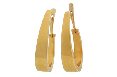 Lot 1236-A pair of gold earrings